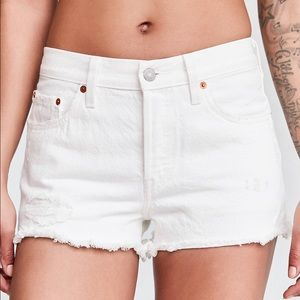 Levi's 501 high waisted button fly shorts